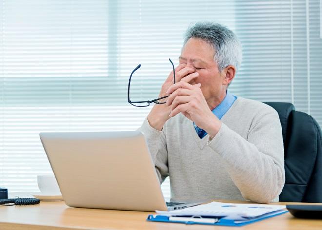 Увольнение за год до пенсии: наказание за увольнение